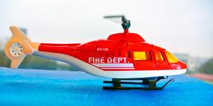 Новые видео для детей.  Распаковка игрушек для мальчиков.  Пожарный вертолёт.